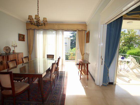 Vente villa 7 pièces 351 m2