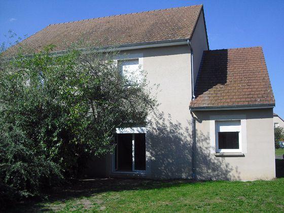 Location maison 4 pièces 84 m2