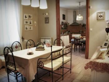 Maison 7 pièces 231 m2