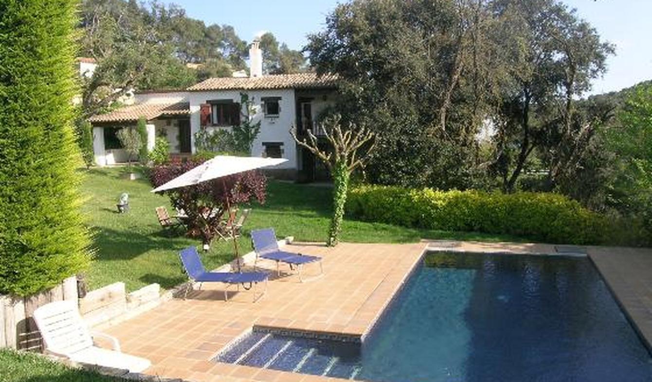 Villa avec piscine en bord de mer Begur