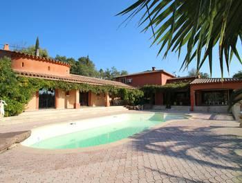 Villa 9 pièces 320 m2