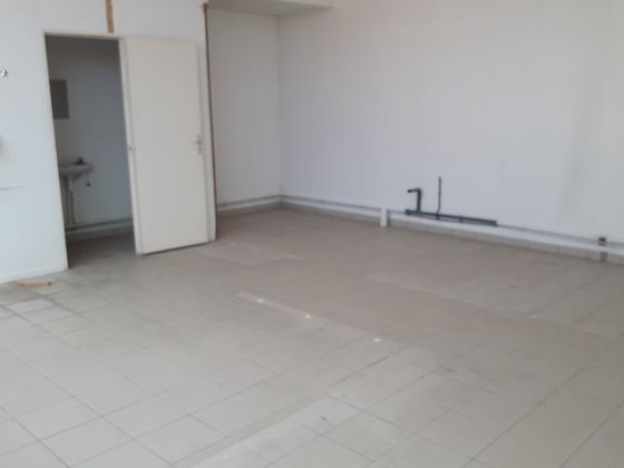 Location divers 48 m2