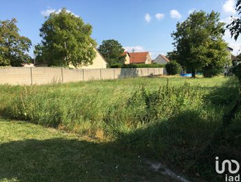 terrain à Heutrégiville (51)