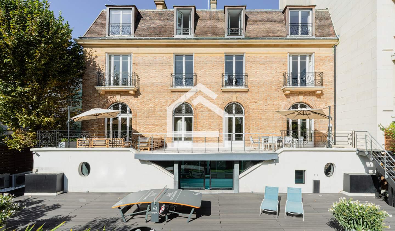 Private mansion Neuilly-sur-Seine