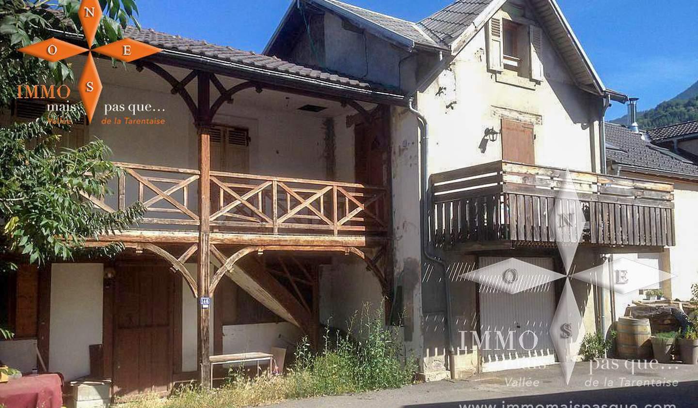 Maison avec terrasse Aigueblanche