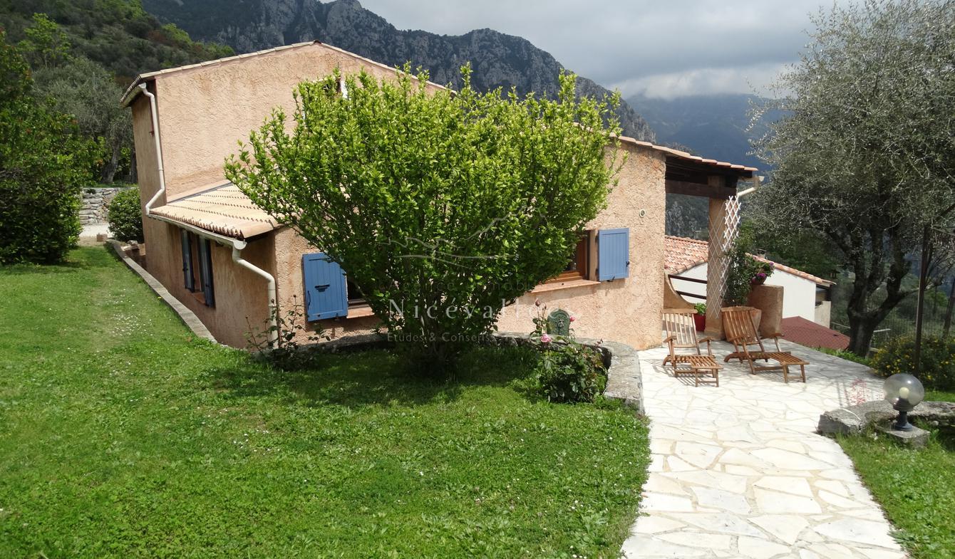 Maison avec terrasse Utelle