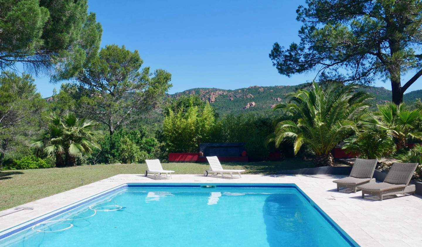 Villa with pool and terrace Puget-sur-Argens