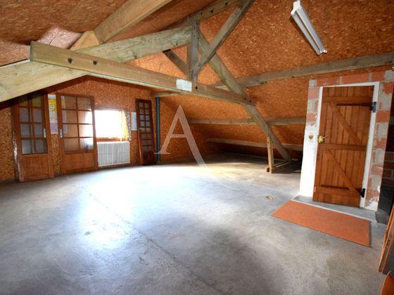 Vente maison 8 pièces 317 m2