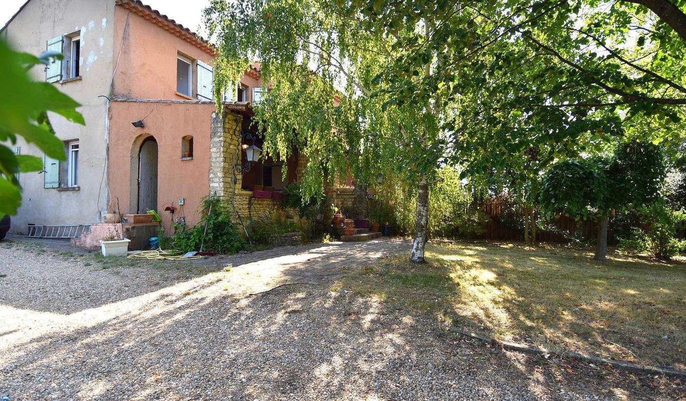 Maison avec piscine et terrasse Gargas
