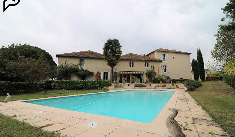 Maison avec piscine Castelnau-d'Auzan