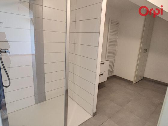 Location studio meublé 47,85 m2