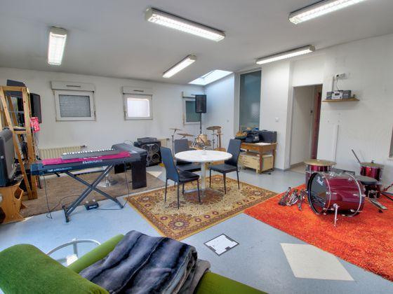 Location divers 5 pièces 80 m2