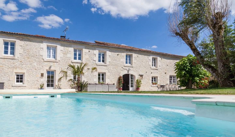 Maison avec piscine et terrasse La Rochelle