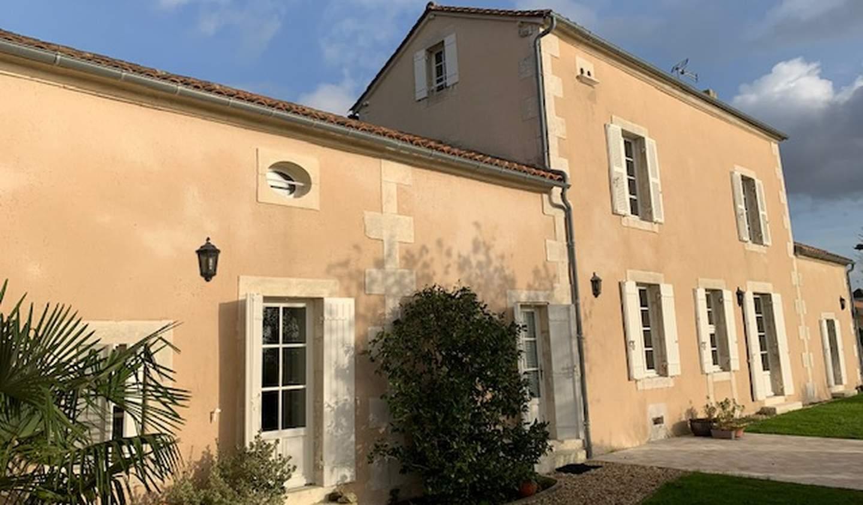 Maison avec jardin et terrasse Riberac