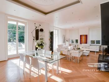 Maison 18 pièces 650 m2