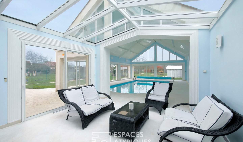 Maison avec piscine et terrasse Villeneuve-le-Comte