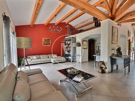 Vente villa 13 pièces 392 m2