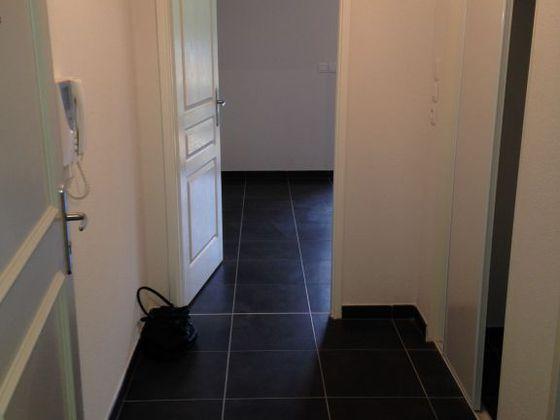 Location studio 27,27 m2