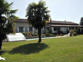 maison à Saint-Martial-de-Valette (24)