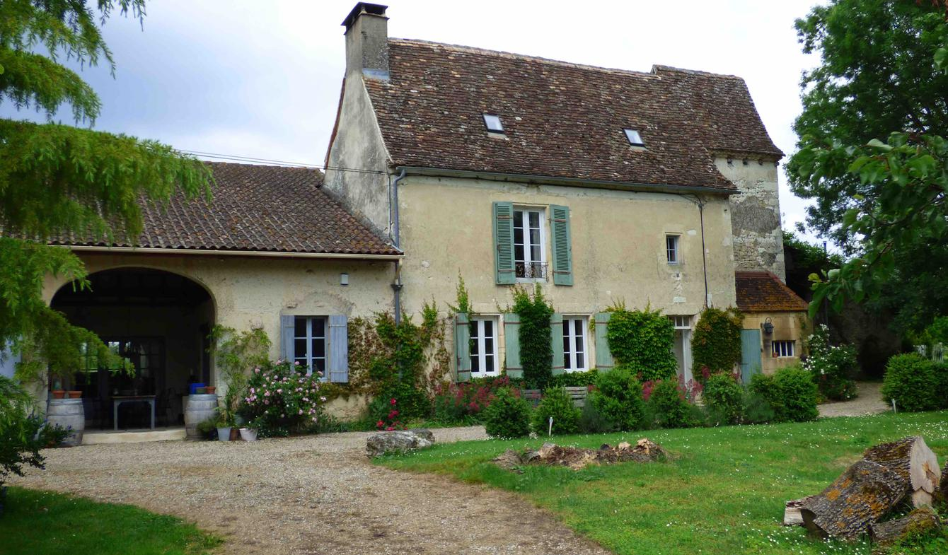 House with pool and garden Plaisance
