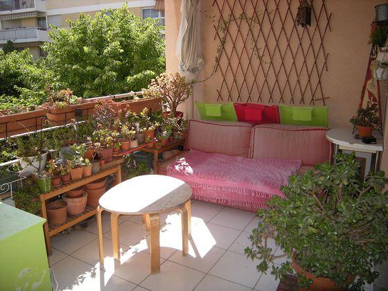 location Appartement 3 pièces 69 m2 Marseille 5ème
