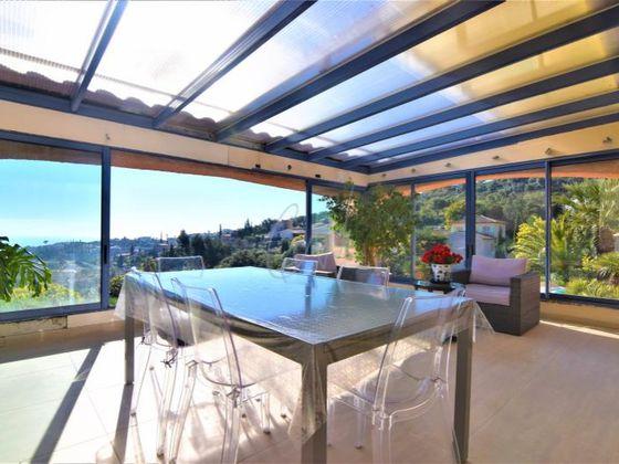 Vente villa 9 pièces 276 m2