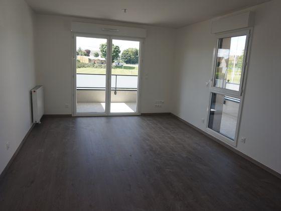 Location appartement 3 pièces 58,04 m2