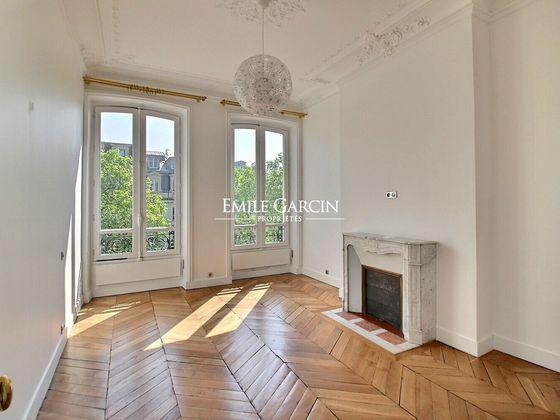Location appartement meublé 6 pièces 205 m2