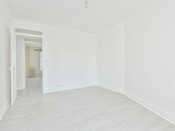 Location appartement 2 pièces 59,24 m2