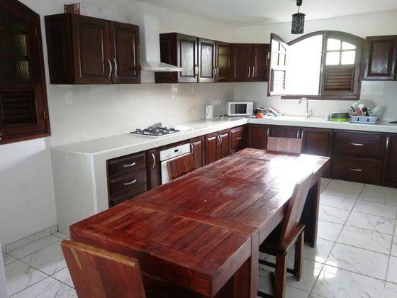 Vente maison 8 pièces 563 m2