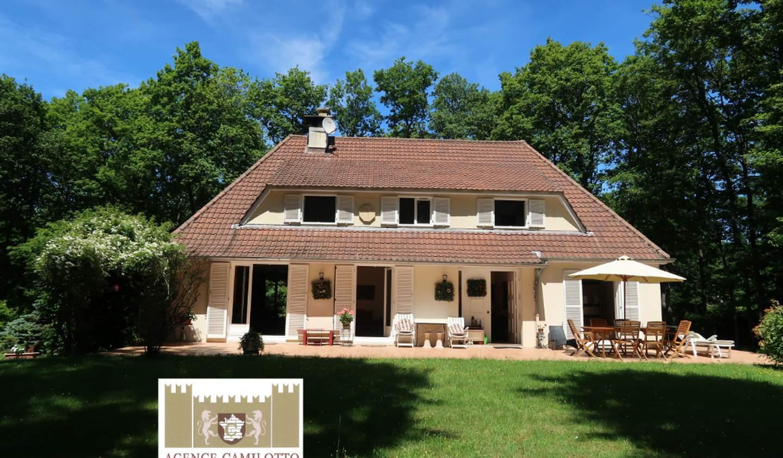 House Nogent-le-Roi