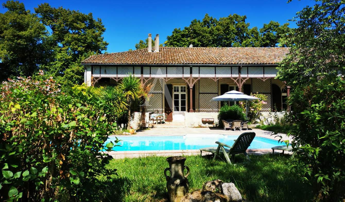 Propriété avec piscine Casteljaloux