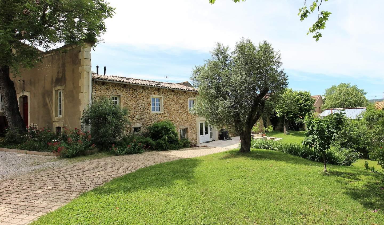 Maison avec piscine et terrasse Quarante