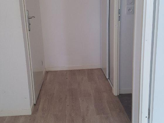 Location appartement meublé 3 pièces 58 m2