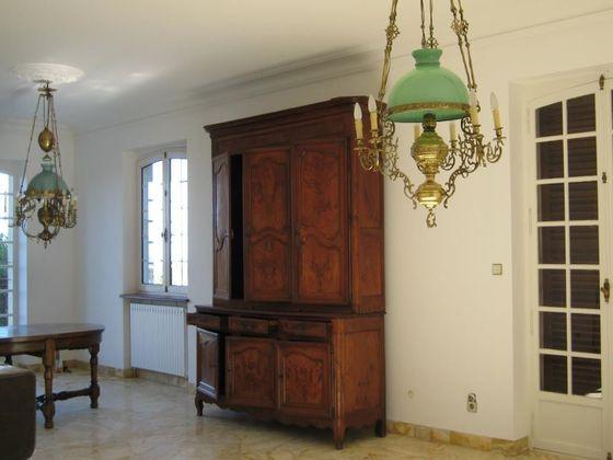 Vente propriété 9 pièces 362 m2