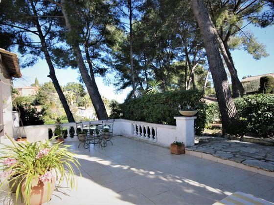 Vente villa 6 pièces 195 m2