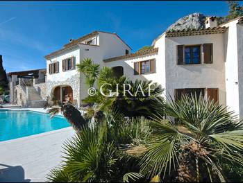 Villa 9 pièces 262 m2