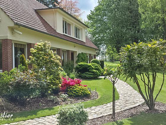 Vente maison 12 pièces 385 m2