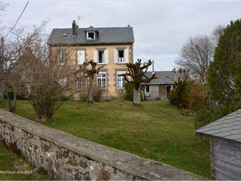 maison à Saint-Sauves-d'Auvergne (63)