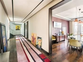 Appartement 5 pièces 223,26 m2