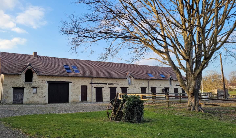 Property Le Mêle-sur-Sarthe