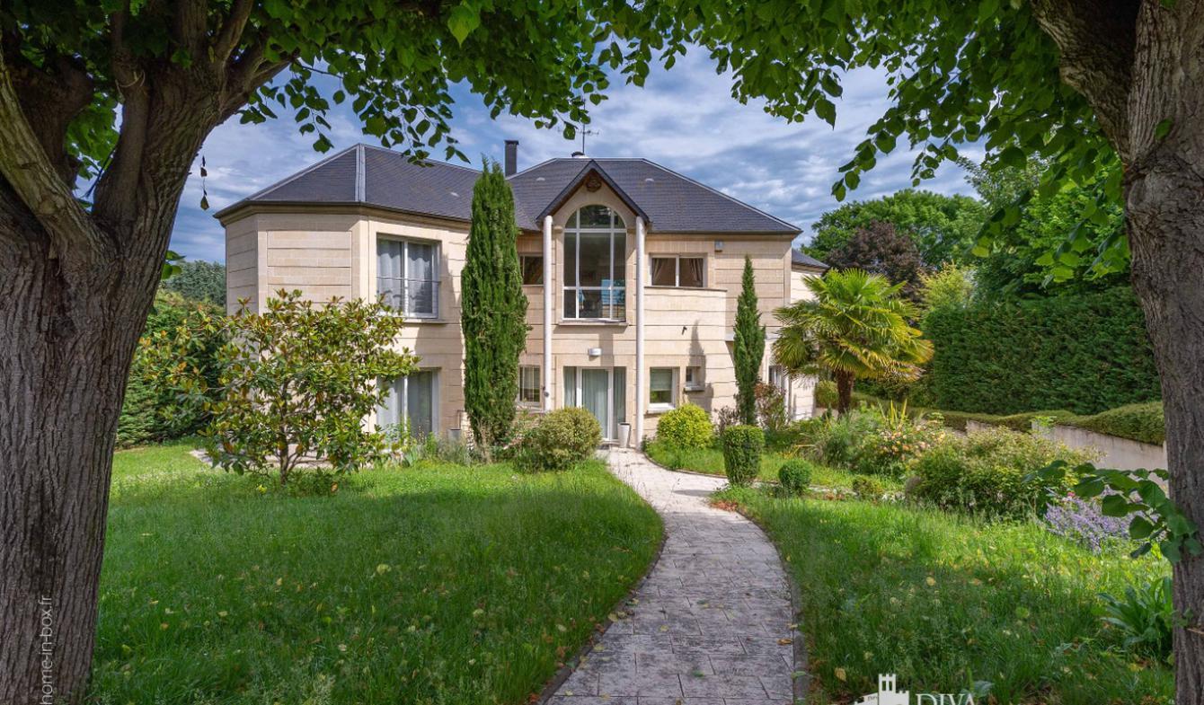 Maison avec piscine Saint-mande