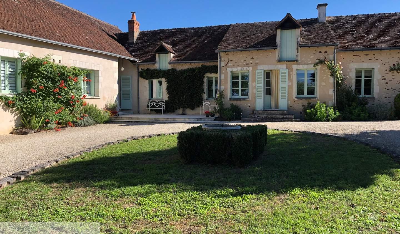 Maison avec terrasse Barrou