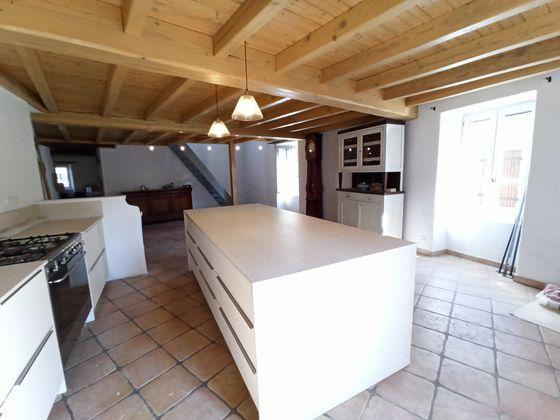Vente maison 8 pièces 380 m2