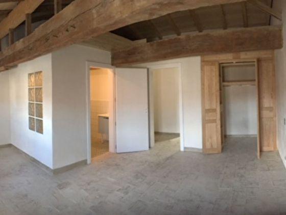 Location appartement 4 pièces 150 m2