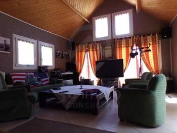 Maison 10 pièces 217 m2