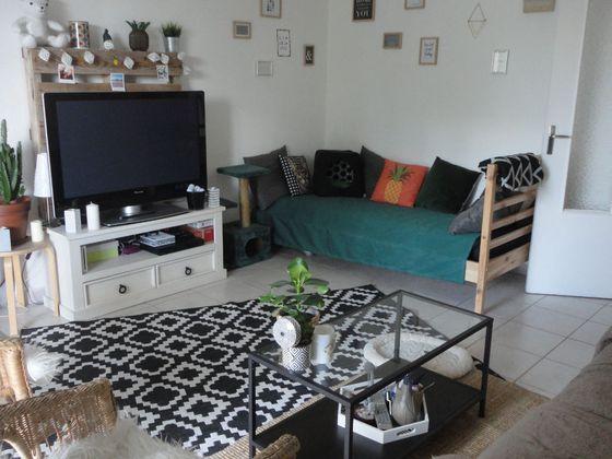 vente Appartement 4 pièces 84 m2 Aix-en-Provence