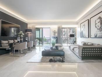 Appartement 3 pièces 147 m2