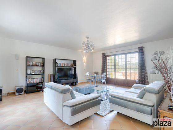 vente Maison 6 pièces 203 m2 Roquevaire