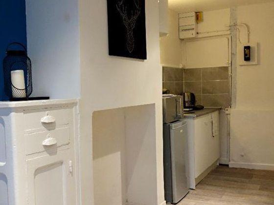 Location studio meublé 15,6 m2